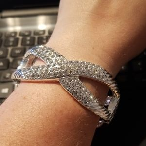 iroze8too Jewelry - High Polished Sparkly Bangle Bracelet